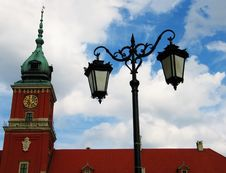 Free Castle Tower With A Lamp (Warsaw) Stock Photo - 656510