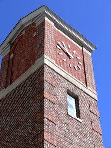 Free Brick Clock Tower Royalty Free Stock Photo - 657435