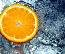 Free Orange In Water Royalty Free Stock Photo - 658195