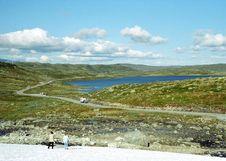 Free Mountain Road And Lake Royalty Free Stock Photos - 659048