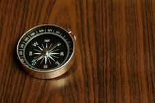 Free Magnetic Compass On A Wooden Background Stock Photos - 6505213