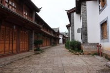 Free Lijiang ,a Beautiful Small Town In China Royalty Free Stock Photos - 6510338