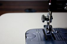 Free Sewing Machine Close-up Royalty Free Stock Image - 6511036