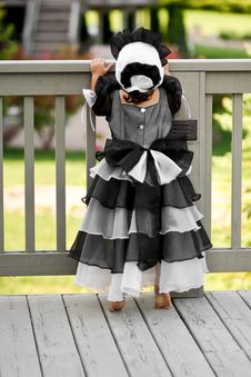 Free Black Princess Dress And Bonnet Stock Photos - 6512313