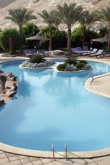 Free Swimming Pool Stock Photo - 6514340