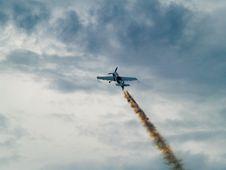 Free Acrobatic Plane Stock Image - 6517851