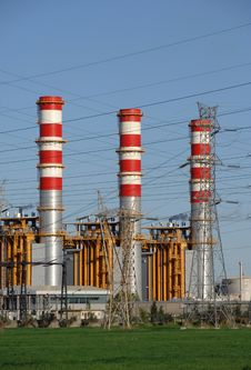 Free Power Plant Chimneys Royalty Free Stock Images - 6520259