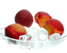 Free Peaches Royalty Free Stock Images - 6521919