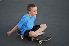 Free Boy On Skateboard Royalty Free Stock Image - 6527486