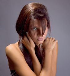 Free Beautiful Brunette Hold On A Shoulders Stock Photography - 6531782