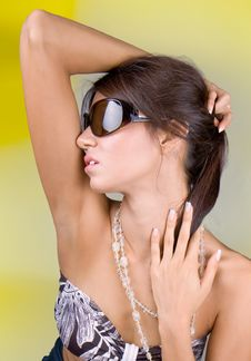 Free Beautiful Brunette Hold On A Head Royalty Free Stock Photos - 6531808