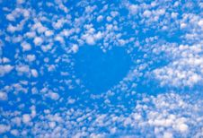Free Blue Sky And Beautiful Clouds Stock Photos - 6532023