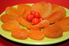 Free Berries And Apricots Royalty Free Stock Image - 6532866