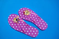 Free Floating Flip-Flops Royalty Free Stock Photography - 6534827