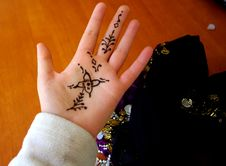 Free Henna Hand & Coin Belt Stock Photos - 6535753
