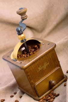 Free Coffee-grinder Royalty Free Stock Images - 6541959