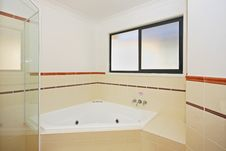 Free Bathroom 4 Royalty Free Stock Images - 6544749