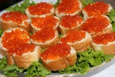 Free Sandwiches With Red Caviar. Royalty Free Stock Photos - 6549278