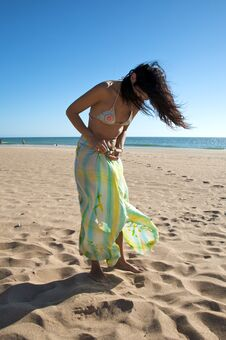 Woman With Beach Wrap Royalty Free Stock Images