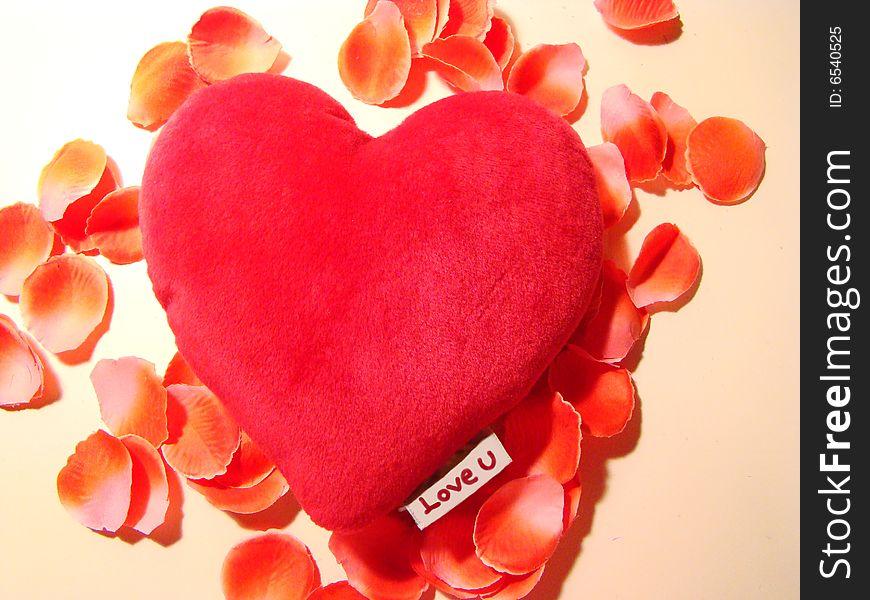 Love, heart & petals