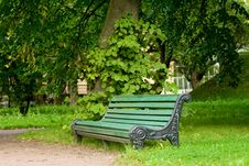 Free Empty Green Bench Royalty Free Stock Image - 6550986