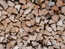 Free Piled Up Firewood Royalty Free Stock Photography - 6560387