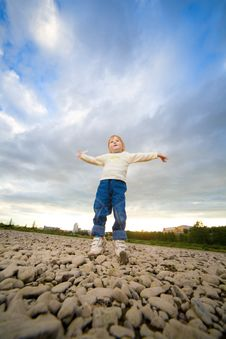 Free Little Girl Jump Royalty Free Stock Photo - 6561105