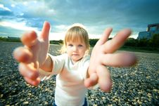 Free Little Girl Grief Look Stock Photography - 6561112