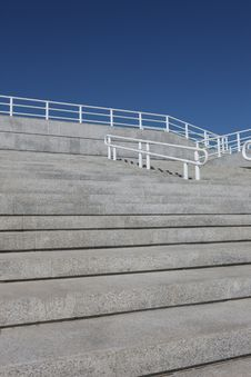 Free Steps And Handrail Royalty Free Stock Images - 6561949