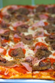 Free Greek Style Pizza Royalty Free Stock Photography - 6563447