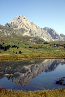 Free Dolomites Reflection Royalty Free Stock Photo - 6566385