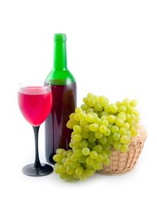 Red Wine And Ripe Tasty Grapes Royalty Free Stock Images