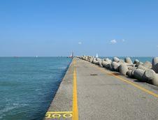 Free Long Pier Stock Photos - 6567033