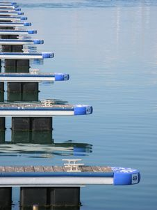 Free Symmetric Boat Piers Stock Photography - 6567052