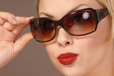 Free Pretty Girl In Sunglasses Royalty Free Stock Photos - 6567078