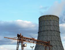 Free The Bridge Crane And Cooling Tower Stock Image - 6571191