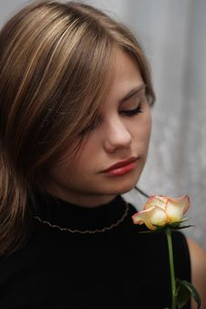 Free Portrait Of Young Woman With Rose Royalty Free Stock Image - 6571386