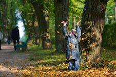 Free Girl And Leaves At Autumn Stock Photos - 6575403