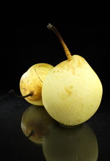 Free Pears Royalty Free Stock Photo - 6576695