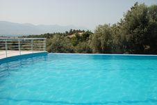 Free Swimming Pool Stock Image - 6577461