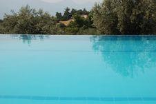 Free Swimming Pool Stock Photo - 6577790