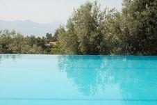 Free Swimming Pool Royalty Free Stock Photo - 6577795