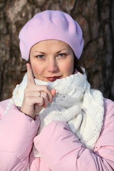 Free Smiling And Strict Girl In Pink Beret Royalty Free Stock Image - 6578066
