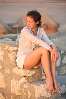 Free Girl On The Stone Steps In Sunset Light Royalty Free Stock Photos - 6578118