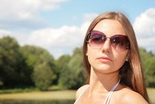 Beauty Young Woman In Sunglasses Royalty Free Stock Photography