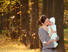 Free Mother And Baby Royalty Free Stock Image - 6578846