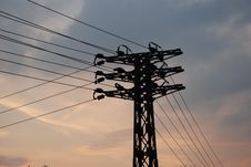 Free The Steel Electric Pylon In Sunset Royalty Free Stock Photos - 6581298