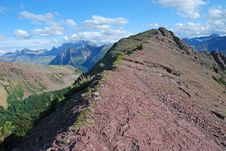 Free Moutain Peak With Red Color In Rockies Royalty Free Stock Photography - 6582127