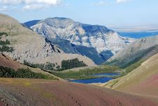 Free Mountain And Lake In Rockies Royalty Free Stock Photography - 6582197