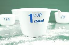 Free Measuring Cups Stock Photos - 6582333